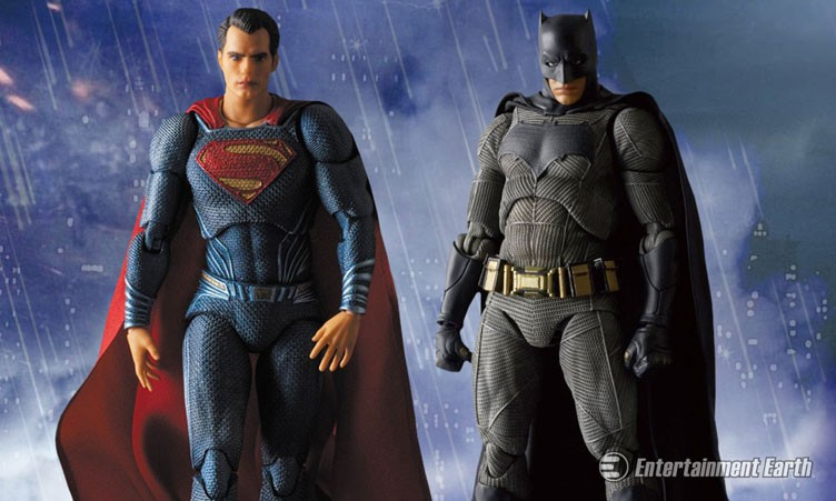 batman-vs-superman-maf-ex-medicom-action-figures