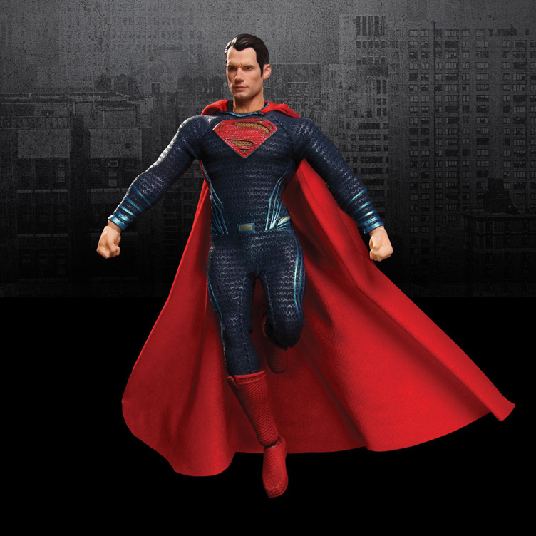 batman-vs-superman-one-12-action-figure-superman-mezco-toyz