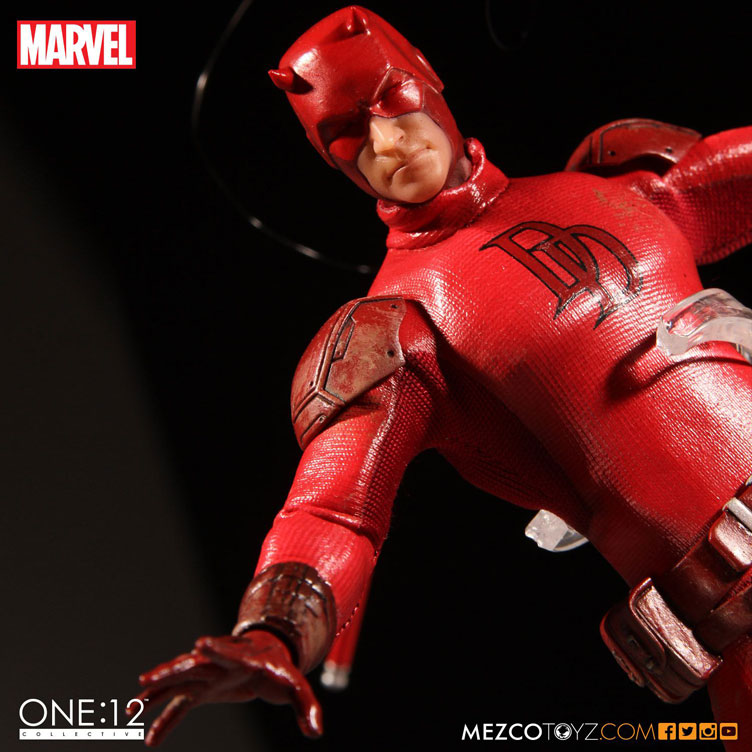 daredevil-one-twelve-collective-action-figure-mezco-3