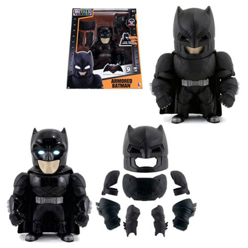 armored-batman-die-cast-action-figure-2