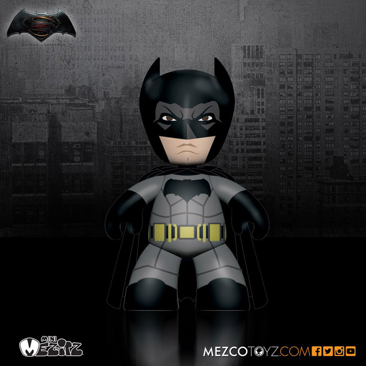 batman-vs-superman-mez-itz-vinyl-batman-figure