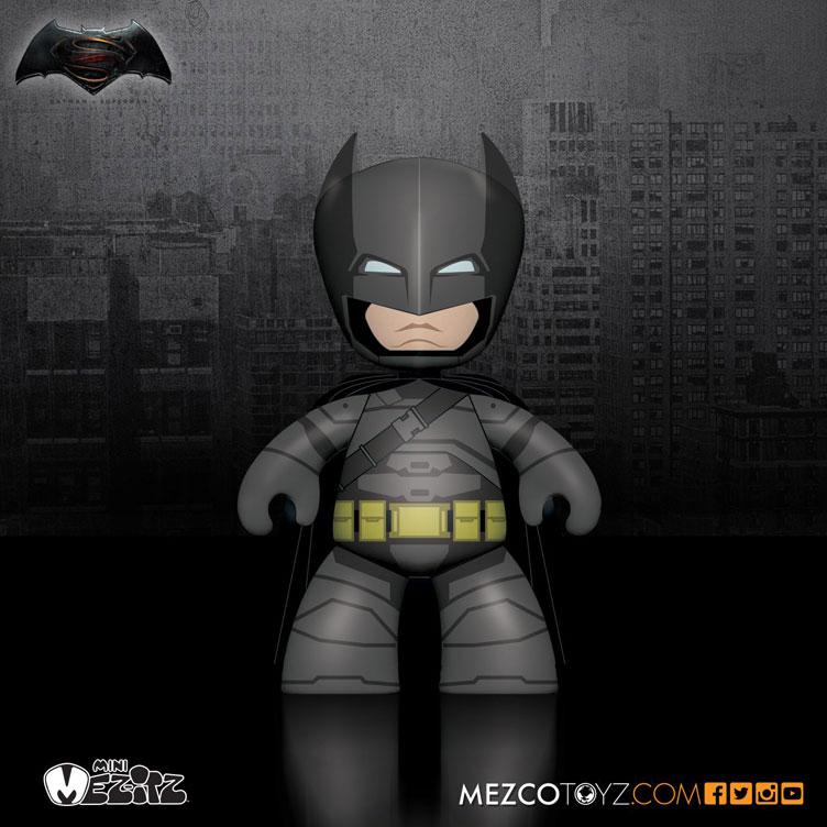 batman-vs-superman-mez-itz-vinyl-mech-suit-batman-figure