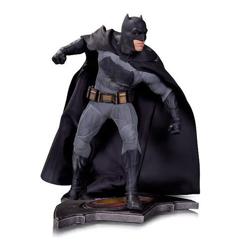 batman-vs-superman-sixth-scale-batman-statue-dc-collectibles