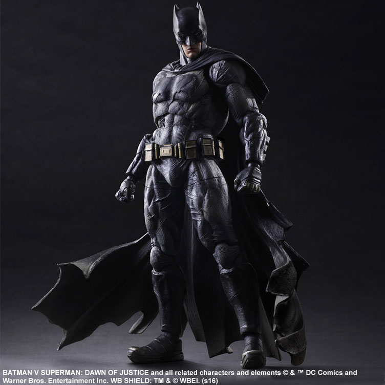 batman-vs-superman-square-enix-play-arts-batman-action-figure-1
