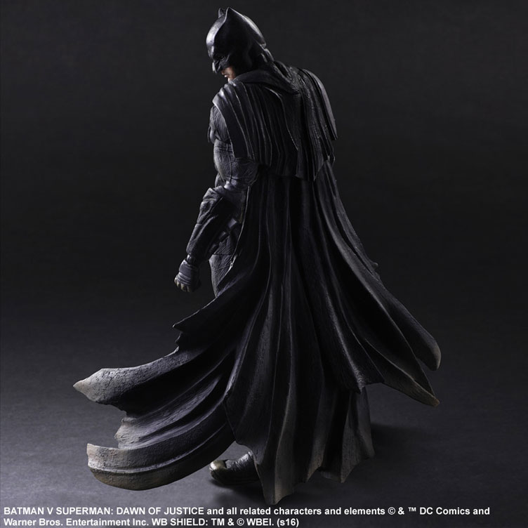 batman-vs-superman-square-enix-play-arts-batman-action-figure-2