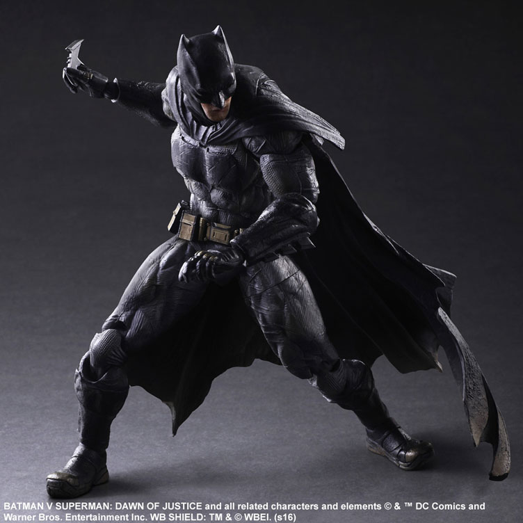 batman-vs-superman-square-enix-play-arts-batman-action-figure-4