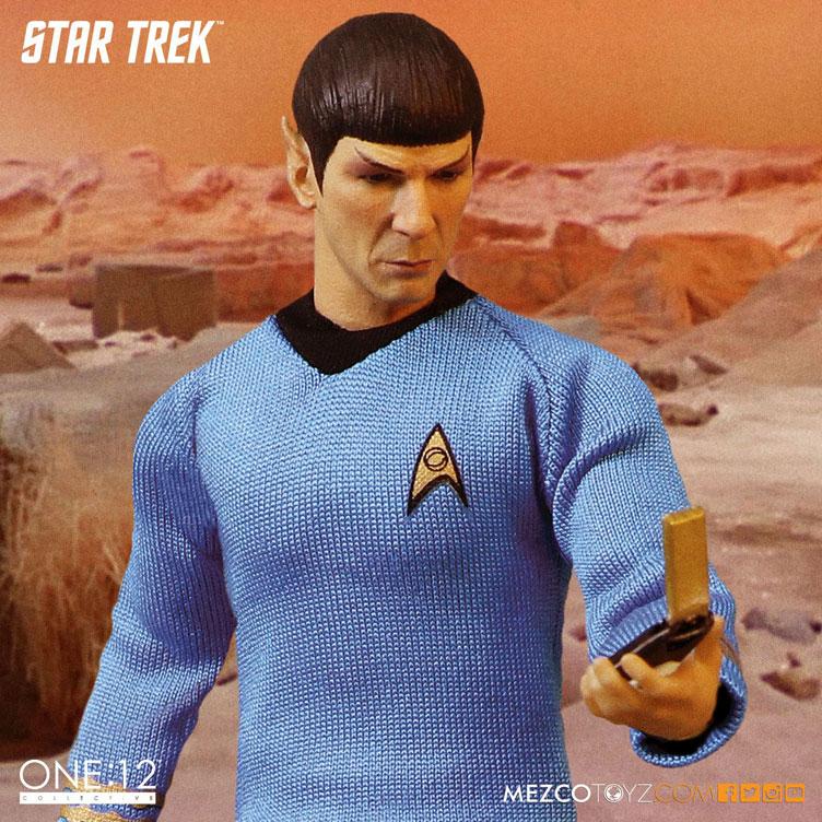 mezco-toyz-star-trek-spock-action-figure-2