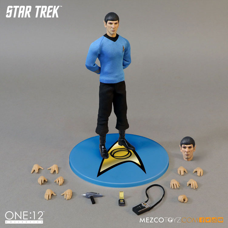 mezco-toyz-star-trek-spock-action-figure-4