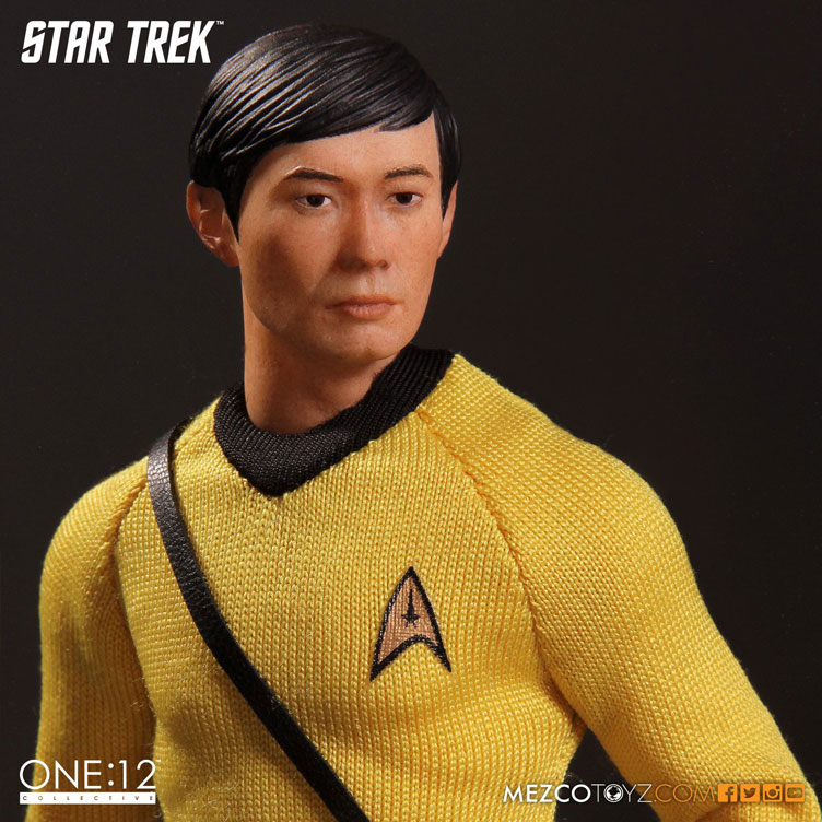 mezco-toyz-star-trek-sulu-action-figure-3