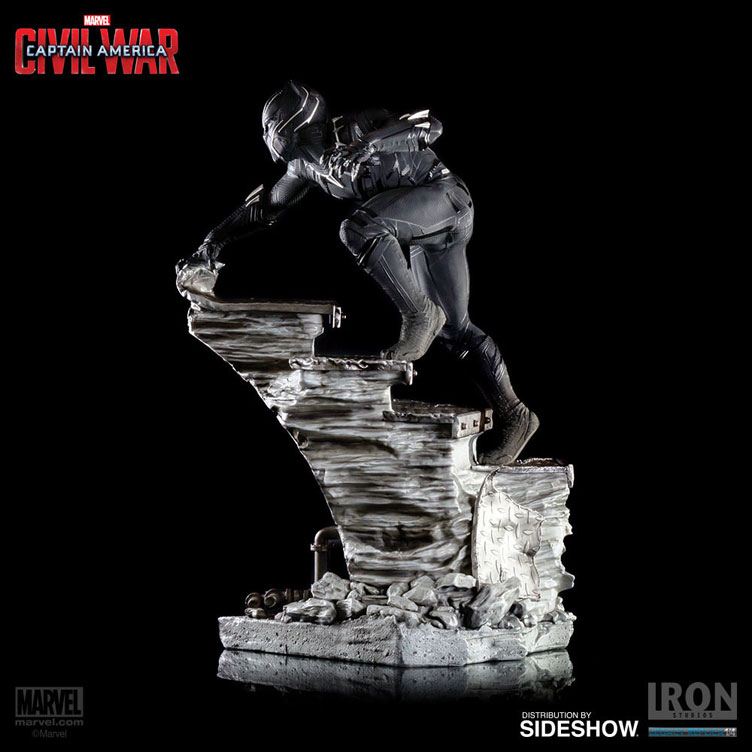 black-panther-captain-america-civil-war-statue-iron-studios-10