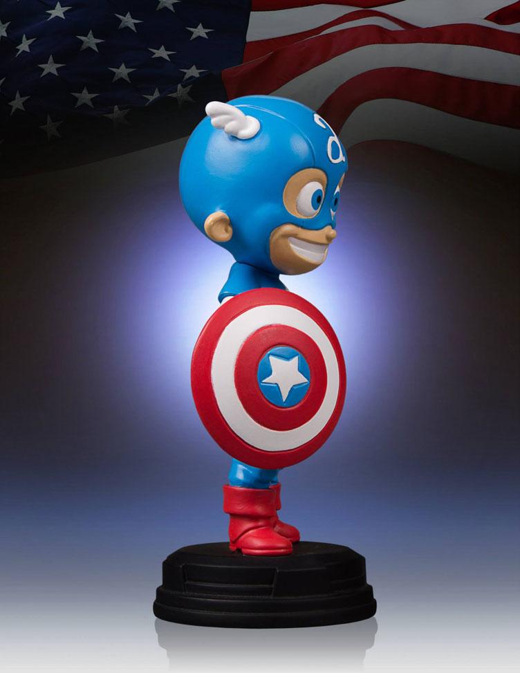 captain-america-skottie-young-statue-gentle-giant-3