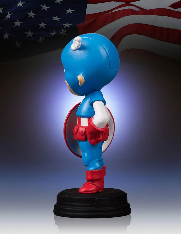 captain-america-skottie-young-statue-gentle-giant-4