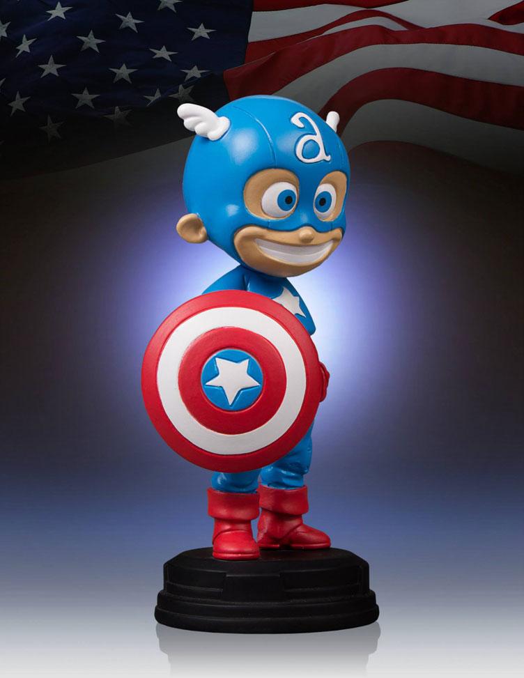 captain-america-skottie-young-statue-gentle-giant-5