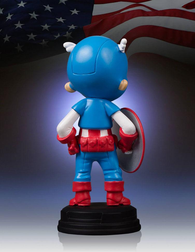 captain-america-skottie-young-statue-gentle-giant-6