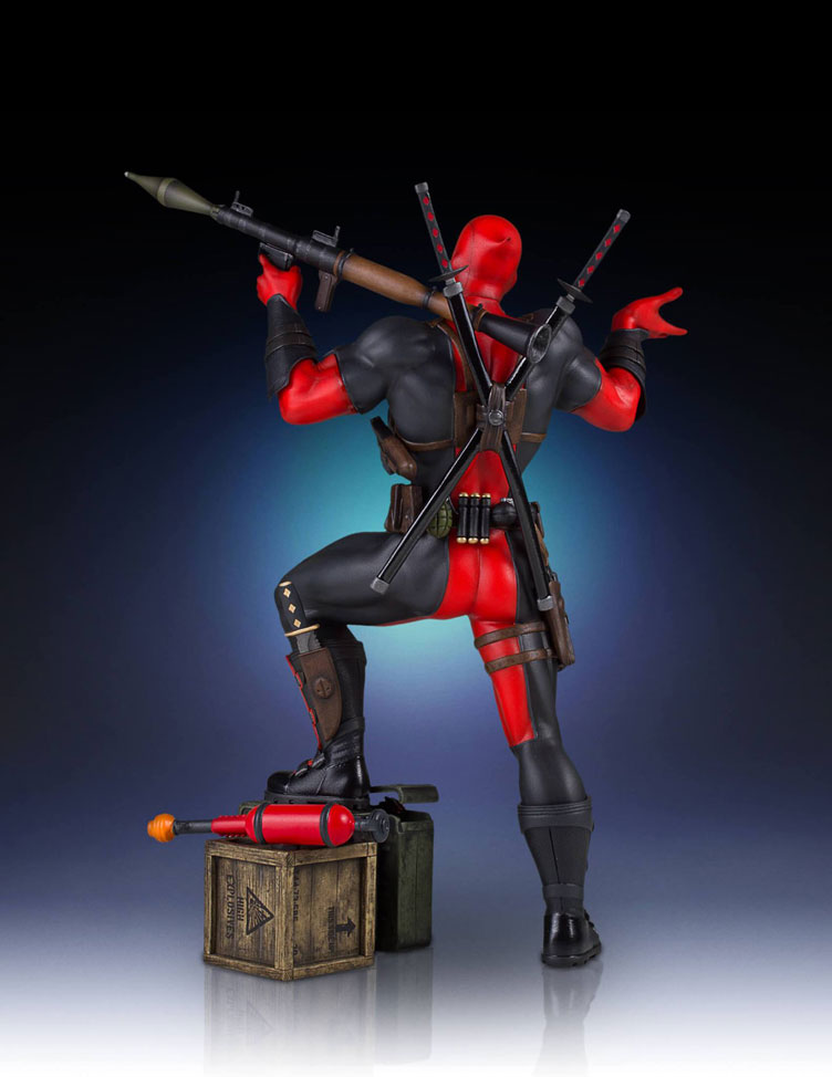 deadpool-collectors-gallery-statue-gentle-giant-4