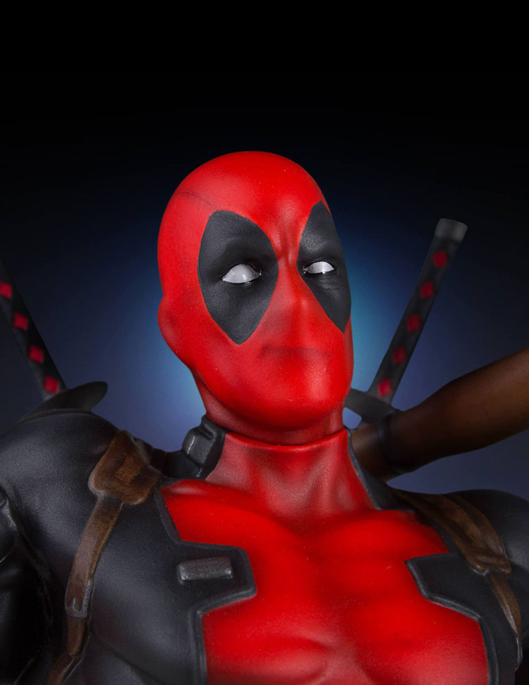 deadpool-collectors-gallery-statue-gentle-giant-5