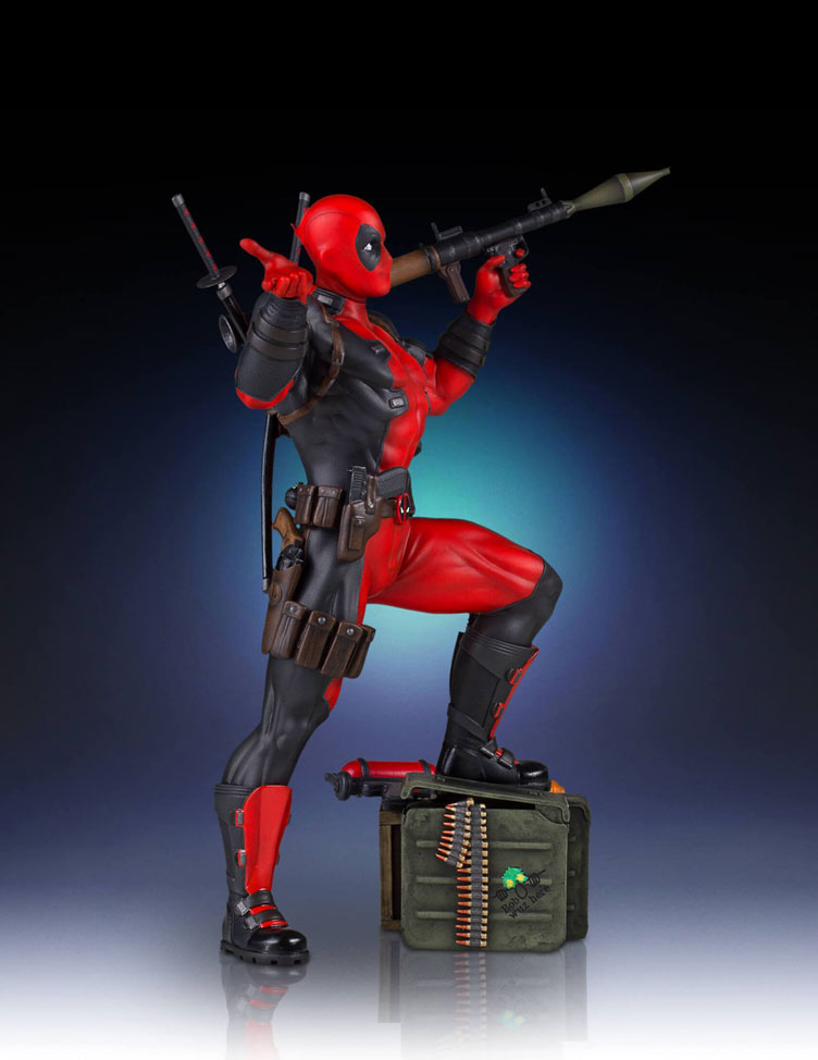 deadpool-collectors-gallery-statue-gentle-giant-6