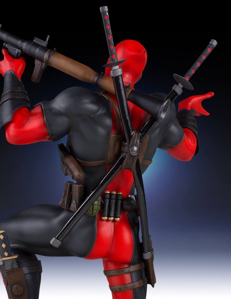 deadpool-collectors-gallery-statue-gentle-giant-7