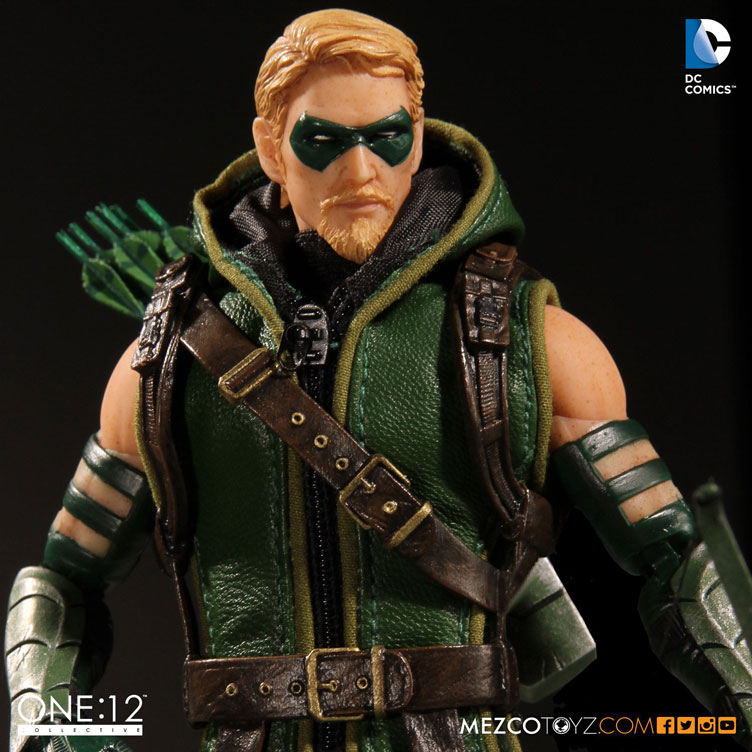 green-arrow-one-12-collective-action-figure-mezco-toyz-5