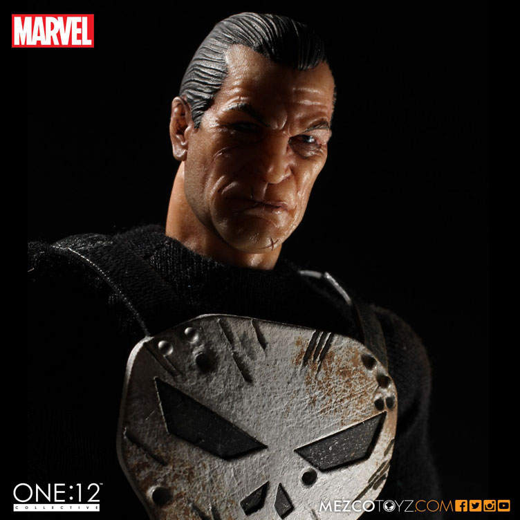 punisher-one-twelve-collectible-action-figure-mezco-toyz-2