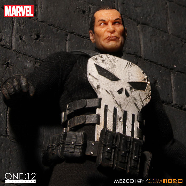 punisher-one-twelve-collectible-action-figure-mezco-toyz-4