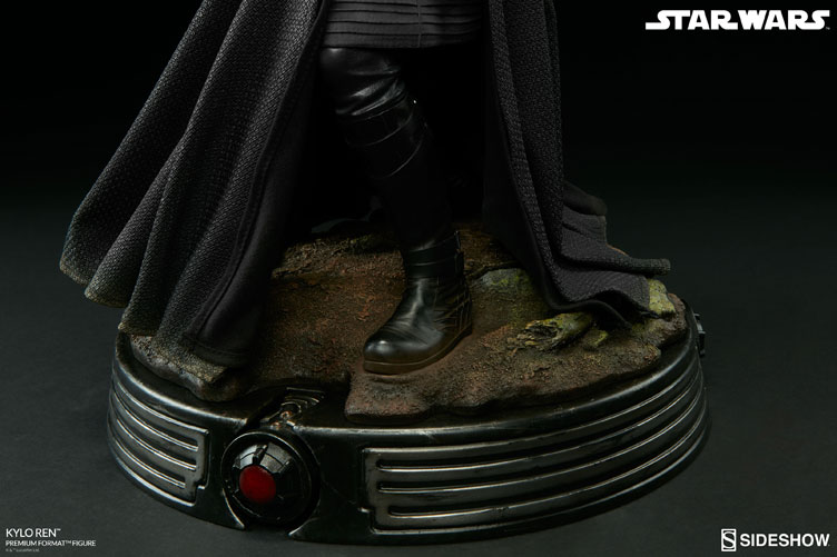 star-wars-kylo-ren-premium-format-figure-sideshow-collectibles-9