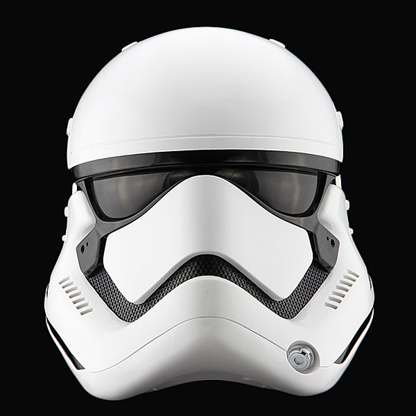 star-wars-the-force-awakens-stormtrooper-helmet-prop-replica-1