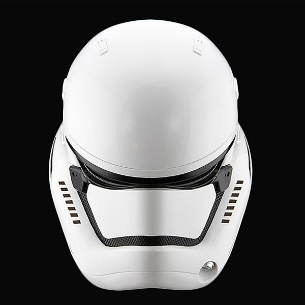 star-wars-the-force-awakens-stormtrooper-helmet-prop-replica-3