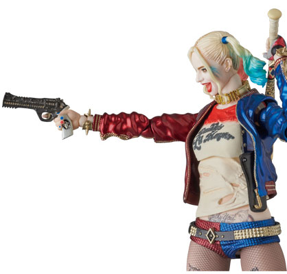 suicide-squad-harley-quinn-mafex-medicom-action-figure-8