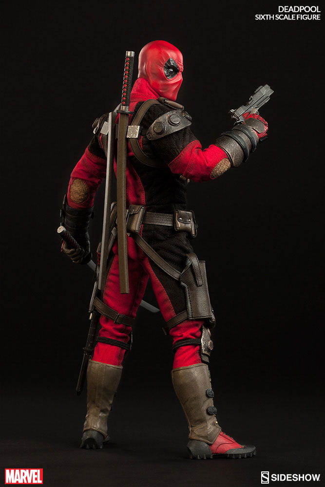 deadpool-sideshow-sixth-scale-figure-5