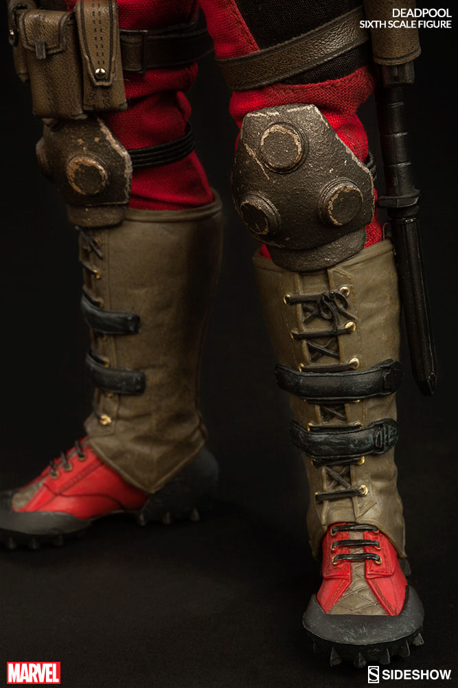 deadpool-sideshow-sixth-scale-figure-7