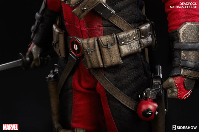 deadpool-sideshow-sixth-scale-figure-8