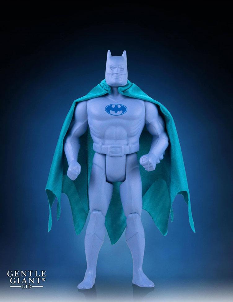 gentle-giant-batman-prototype-jumbo-figure-sdcc-2016-exclusive-1