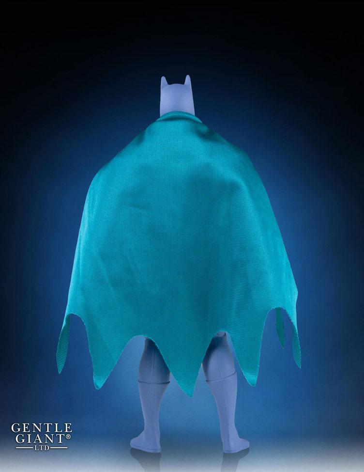gentle-giant-batman-prototype-jumbo-figure-sdcc-2016-exclusive-2