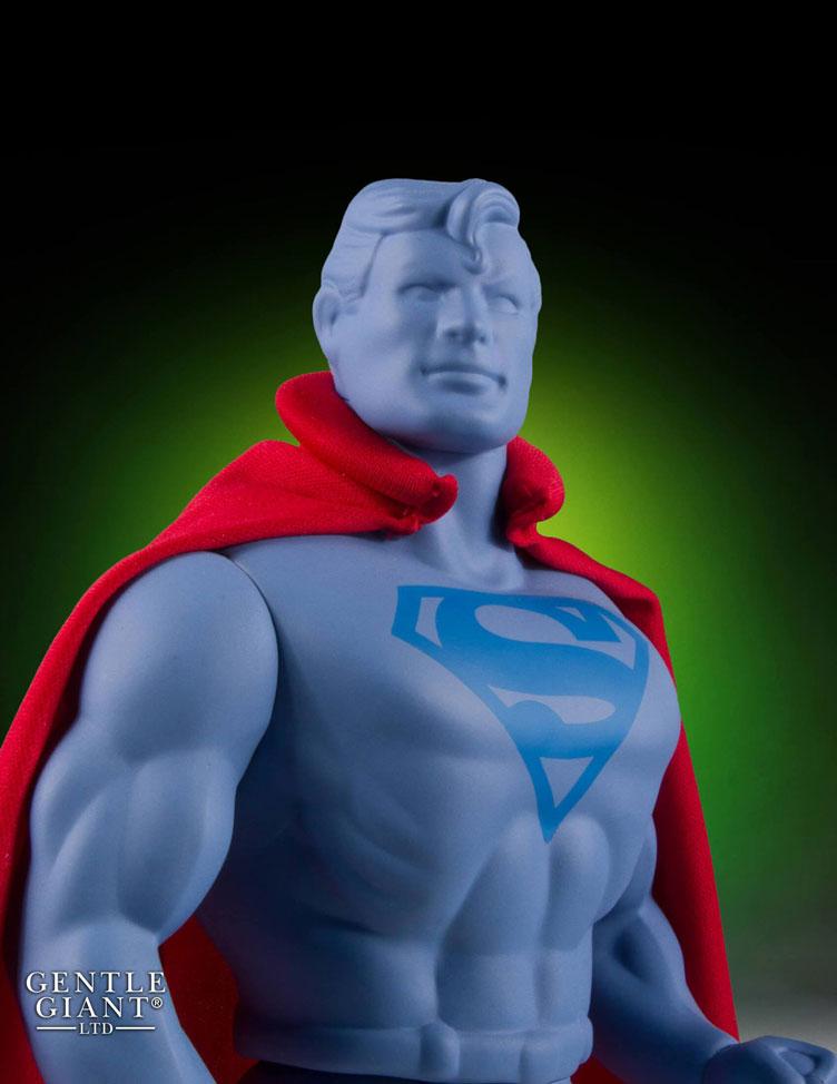 gentle-giant-super-man-prototype-jumbo-figure-sdcc-2016-exclusive-3
