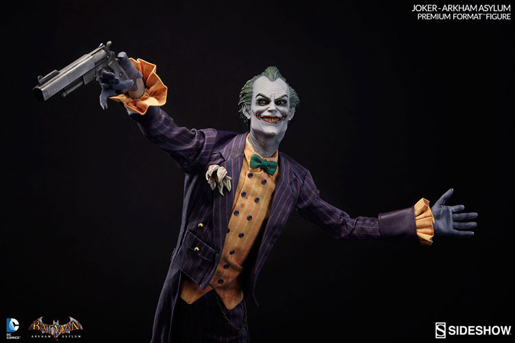 joker-arkham-asylum-premium-format-figure-sideshow-collectibles-1