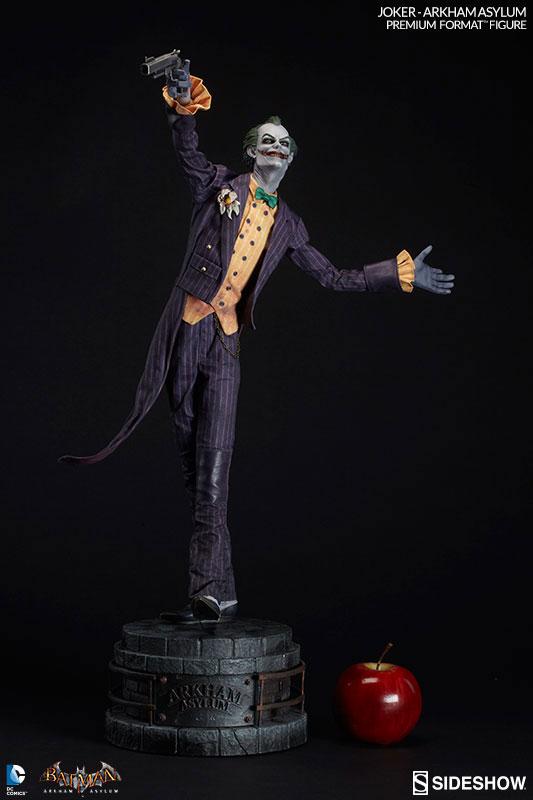 joker-arkham-asylum-premium-format-figure-sideshow-collectibles-6