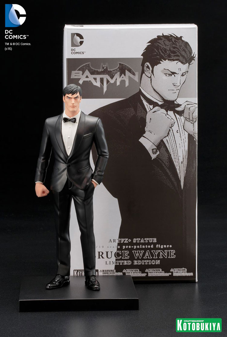 kotobukiya-bruce-wayne-truth-artfx-statue-sdcc-2016-exclusive-2