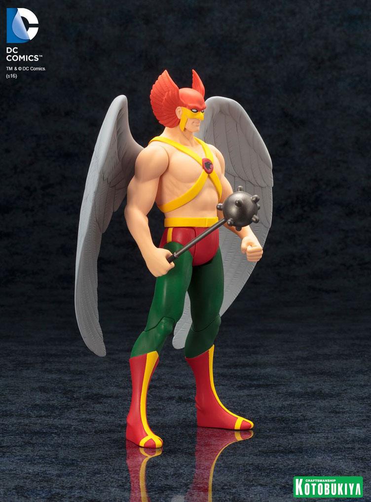 kotobukiya-dc-super-powers-hawkman-artfx-statue-9
