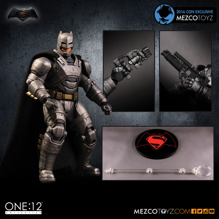 mezco-toyz-2016-con-exclusive-armored-batman-action-figure
