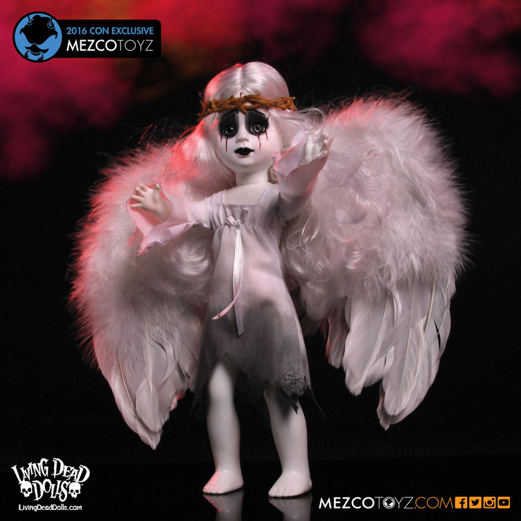 mezco-toyz-2016-con-exclusive-living-dead-rain-doll