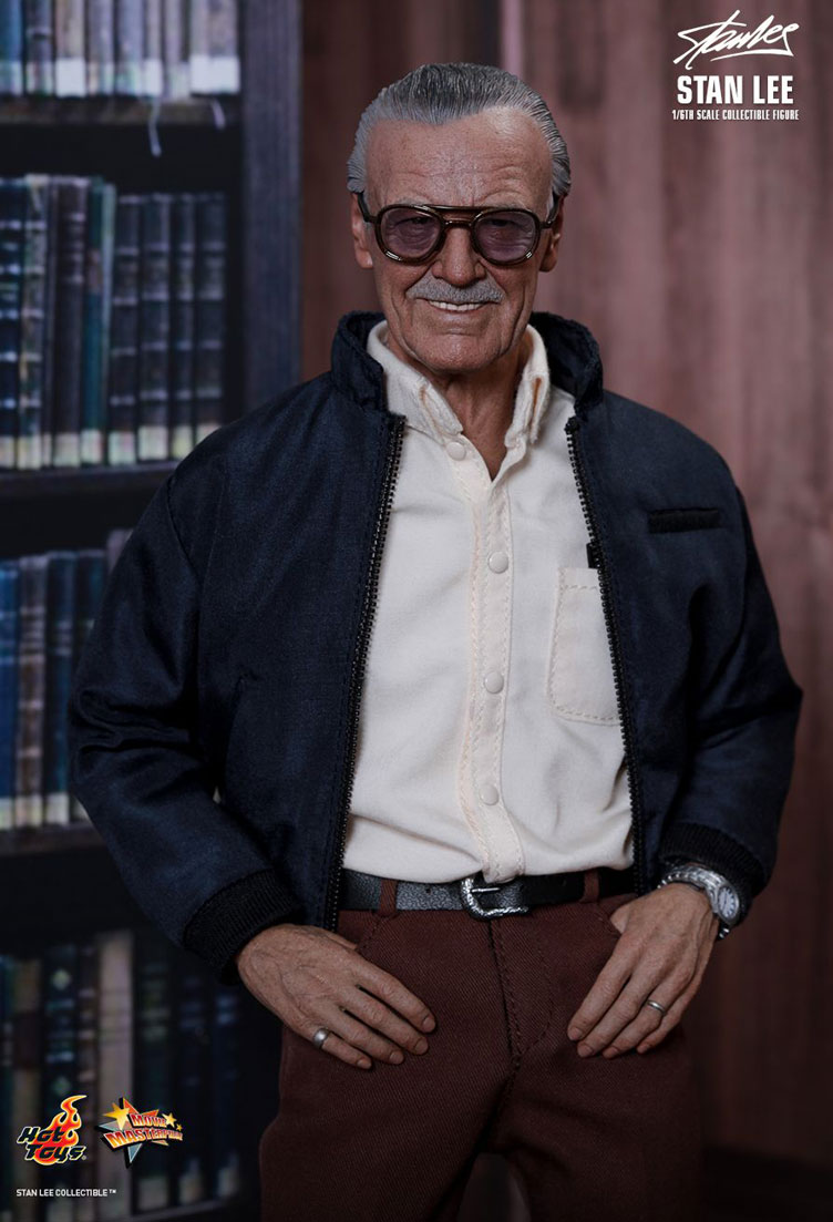 stan-lee-sixth-scale-figure-hot-toys-3