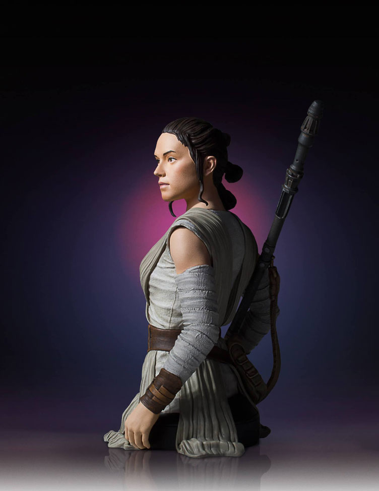 star-wars-the-force-awakens-rey-bust-statue-gentle-giant-8
