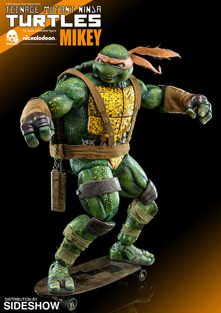 tmnt-mikey-kevin-eastman-threezero-sixth-scale-figure-5