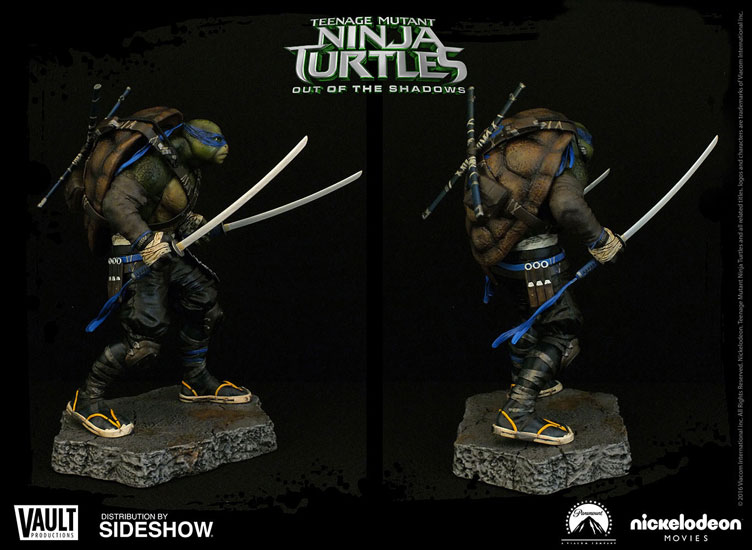 tmnt-out-of-the-shadows-leonardo-statue-4
