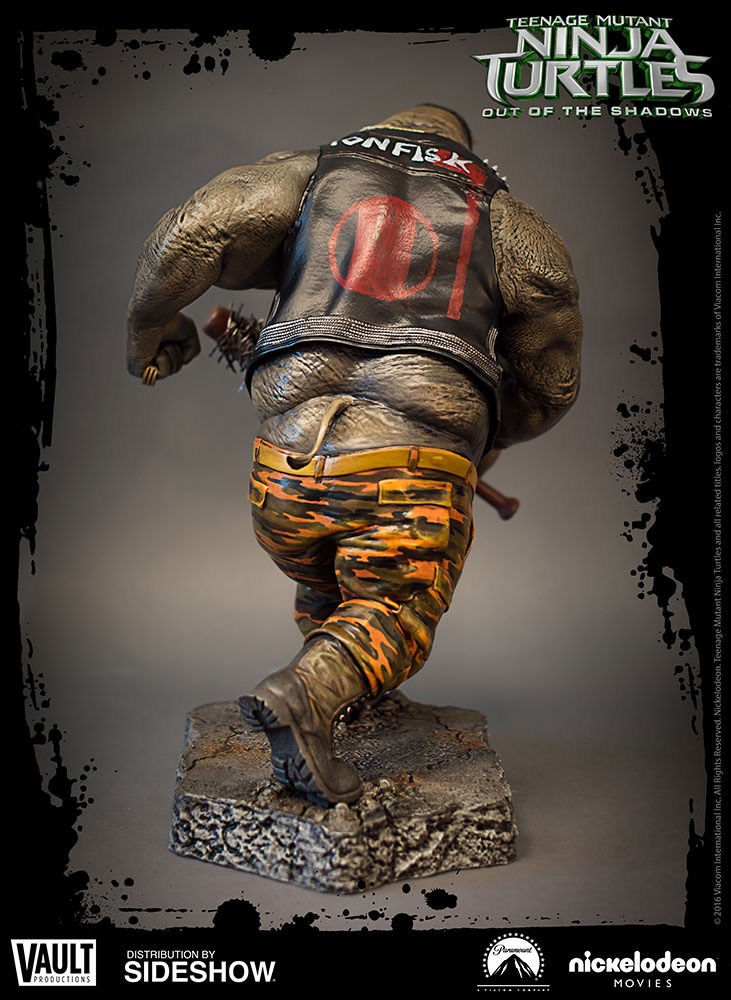 tmnt-out-of-the-shadows-rocksteady-statue-2