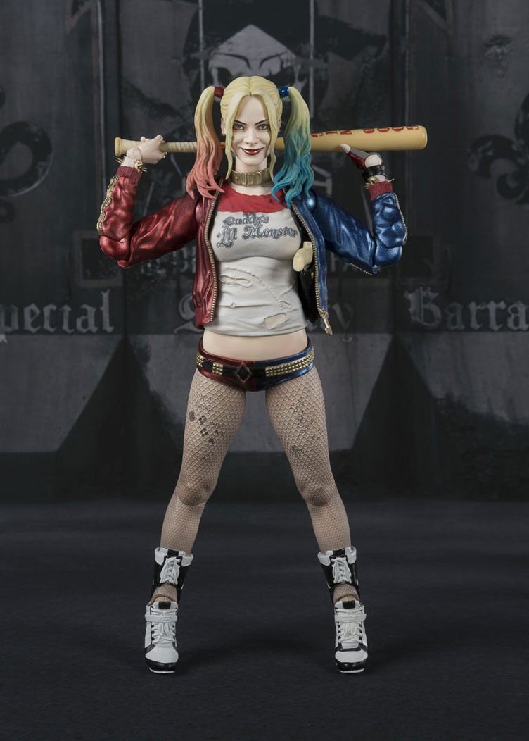 Suicide-Squad-Harley-Quinn-SH-Figuarts-Action-Figure-2