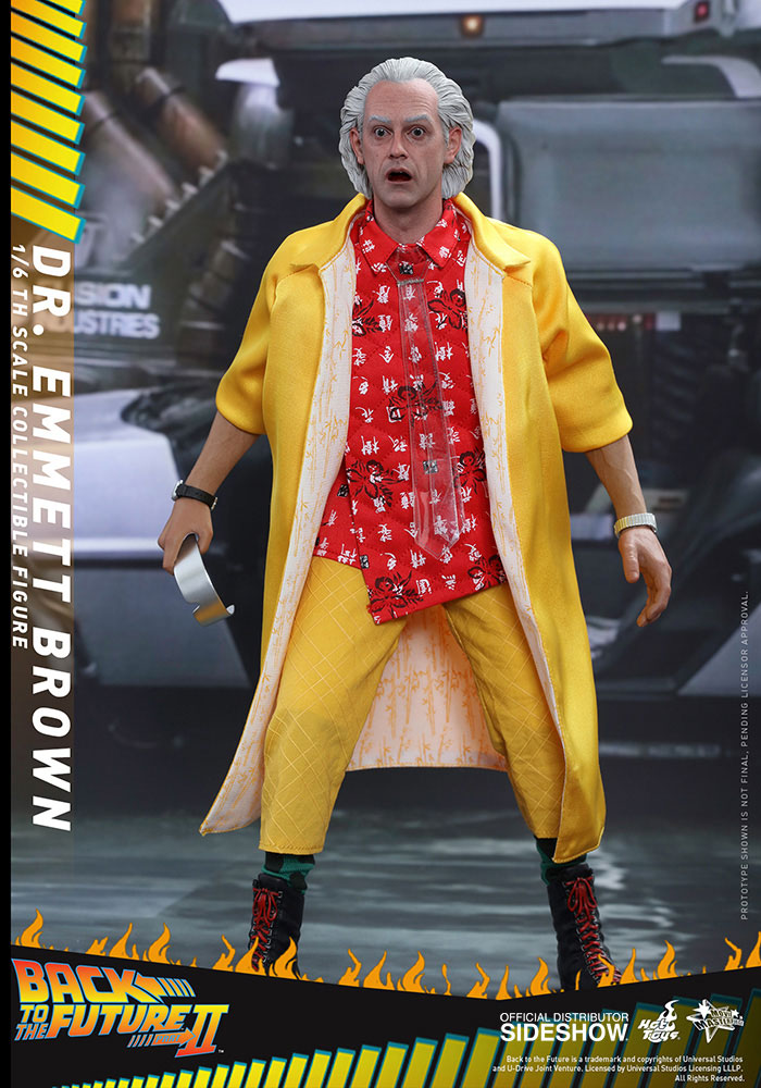 back-to-the-future-2-dr-emmett-brown-hot-toys-figure-1