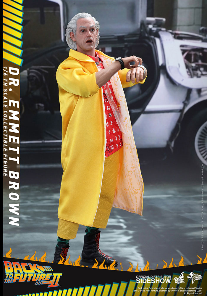 back-to-the-future-2-dr-emmett-brown-hot-toys-figure-2
