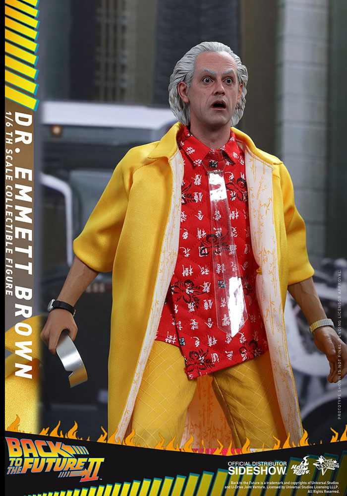 back-to-the-future-2-dr-emmett-brown-hot-toys-figure-3